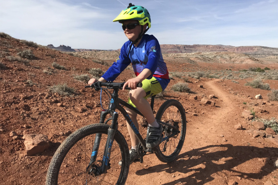 Tales of a Mountain Mama - Frog MTB 62 Review